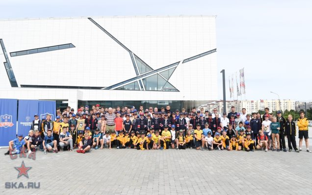 Vladimir Yurzinov's seminar at Hockey City